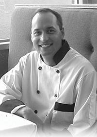 """Chef Jonathan """"Keoni"""" Ho"""