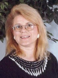 Gayle D  Haffner